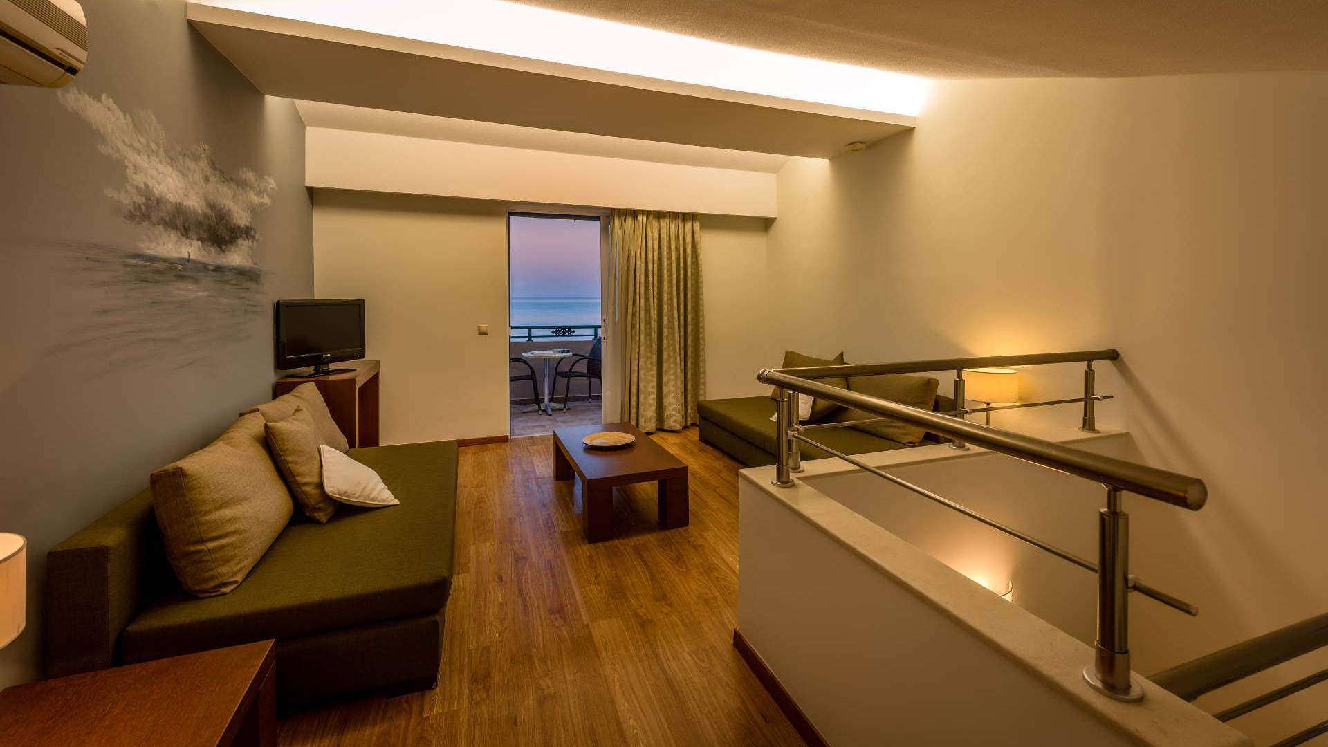 medbeach_junior_suites_2